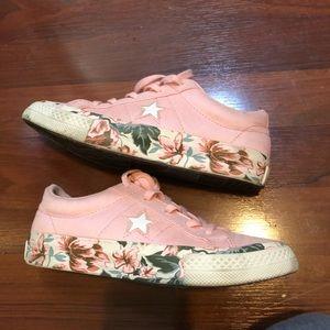Converse blush pink mauve floral one star